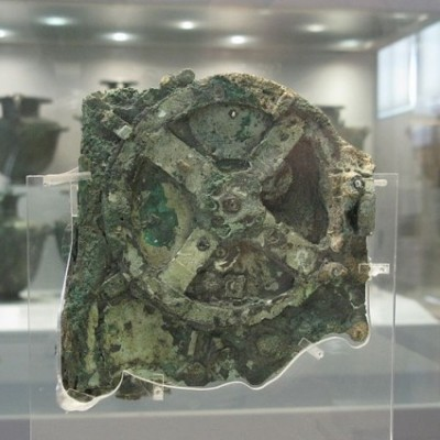 17th May 1902: Ancient Antikythera Mechanism 'computer' identified
