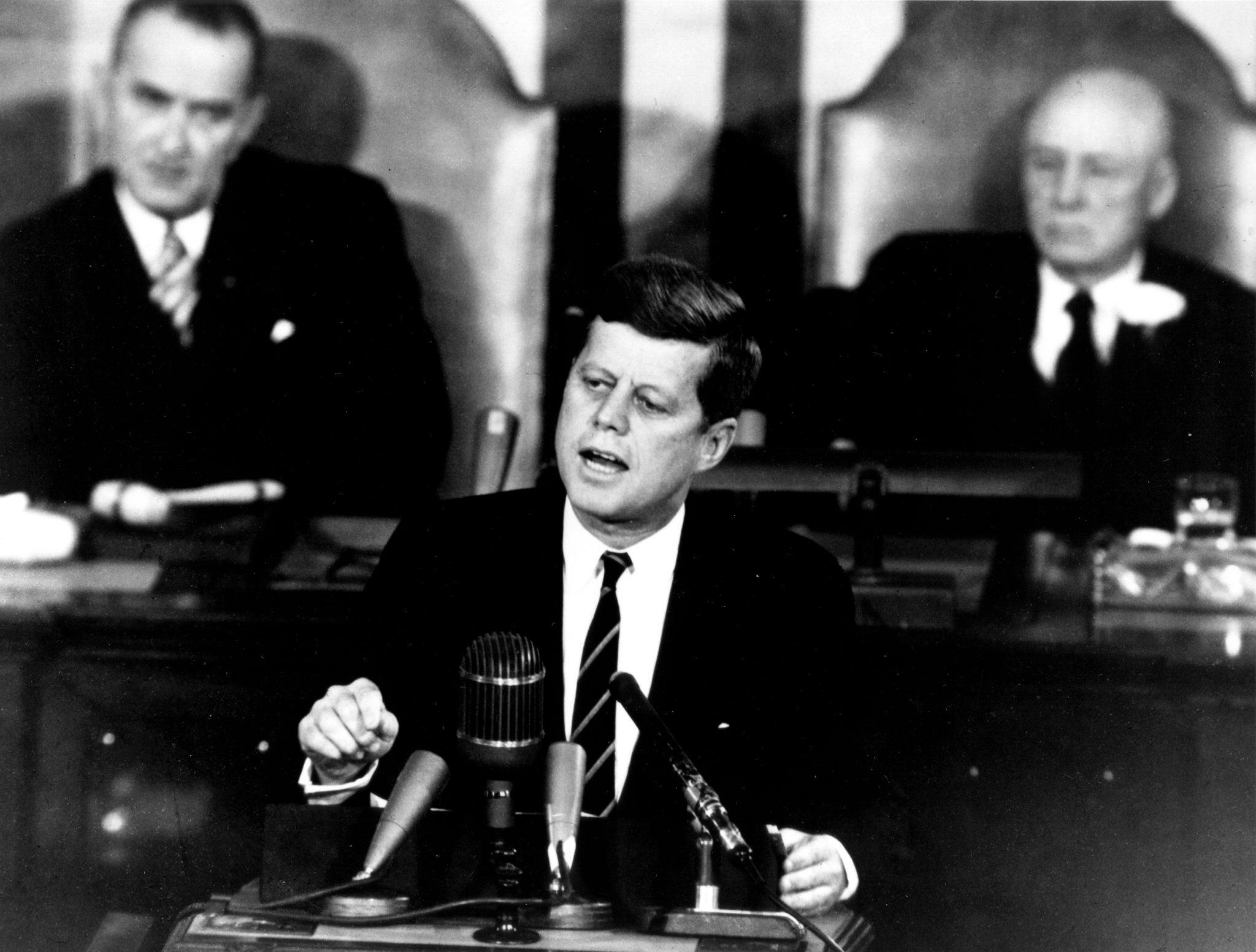 25th May 1961: Kennedy announces plan for manned moon landing | HistoryPod