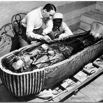 26th November 1922: Tutankhamun's tomb entered by Howard Carter