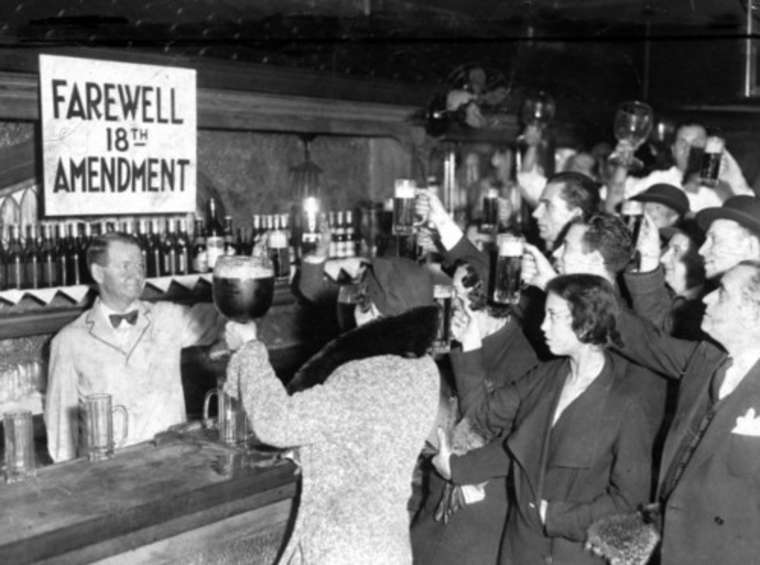 15th December 1933: 21st Amendment ends prohibition in the USA | HistoryPod