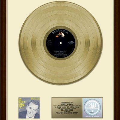 14th March 1958: Perry Como awarded the first gold record by the RIAA