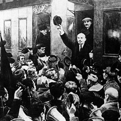 16th April 1917: Lenin arrives back in Russia in the sealed train after a decade in exile