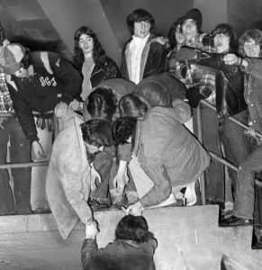 Led Zeppelin fans riot at Boston Garden
