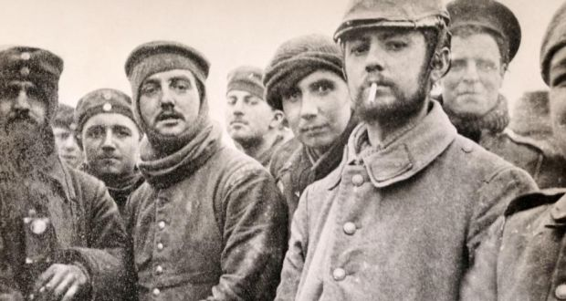 25th December 1914: The Christmas Truce takes place at sections along the Western Front   HistoryPod