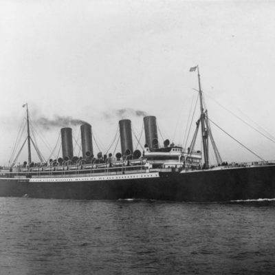 7th March 1900: First ship-to-shore wireless message sent by SS Kaiser Wilhelm der Grosse