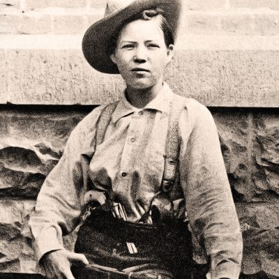30th May 1899: Female bandit Pearl Hart and her partner, Joe Boot, commit one of the last recorded stagecoach robberies